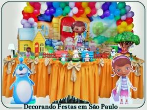 0dfsp_elo7_mesa de decoração festa infantil doutora brinquedo